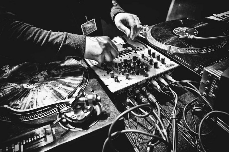 Get to know your roots dj deep on the importance of for House music tracks